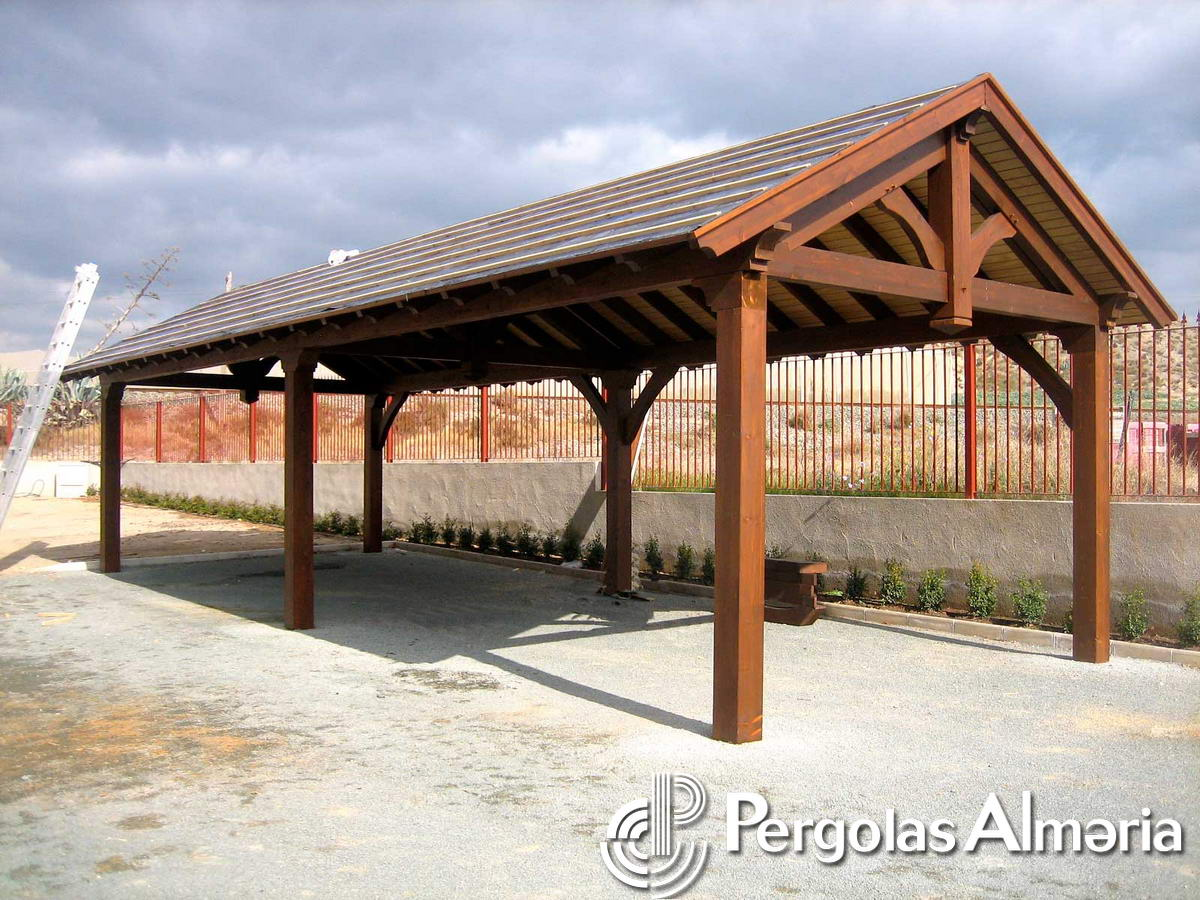 Como hacer un tejado de madera a dos aguas excellent for Tejados de madera a dos aguas