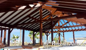 Pérgola para restaurante y ampliacion de local comercial
