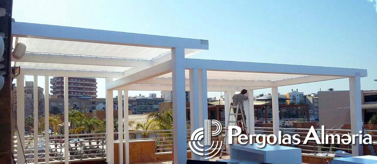 P rgolas minimalistas for Galerias casas minimalistas